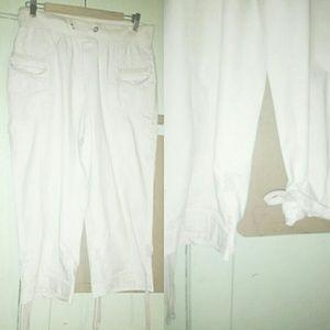 Pants - Women's Khaki bottoms